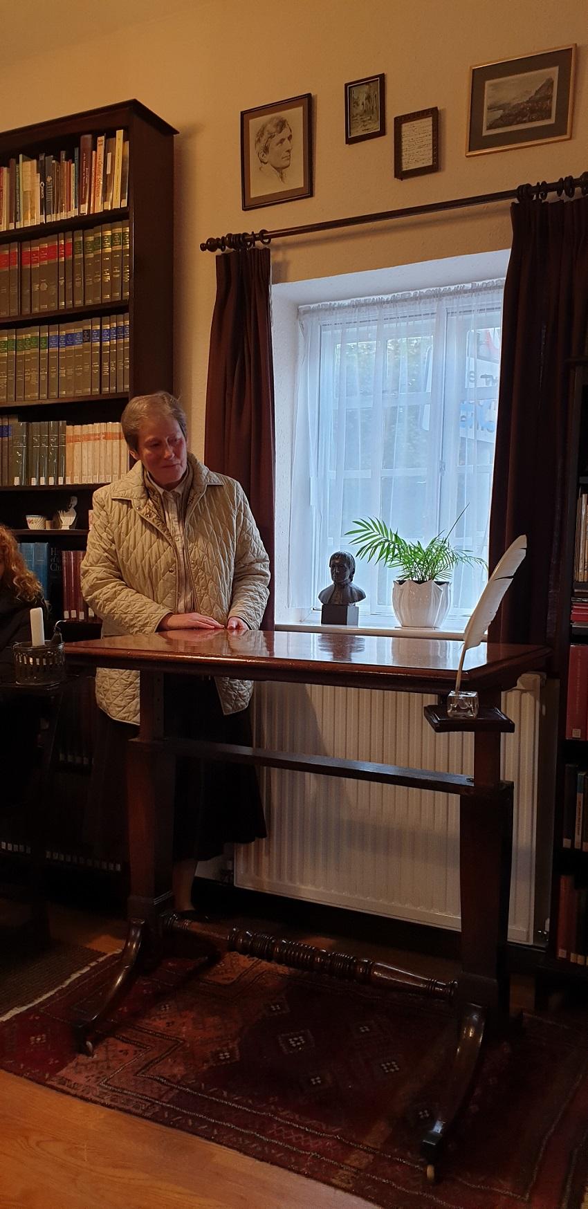 De Schrijftafel in de bibliotheek