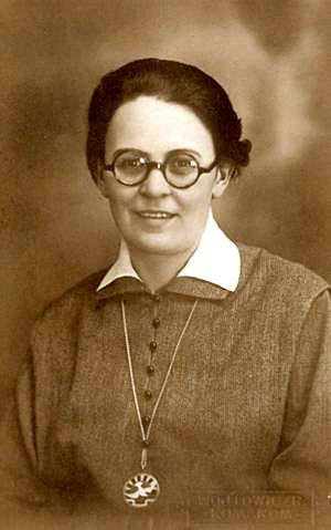Zr. Sara Salkahazi