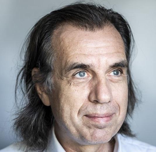 Dr. Dirk De Wachter