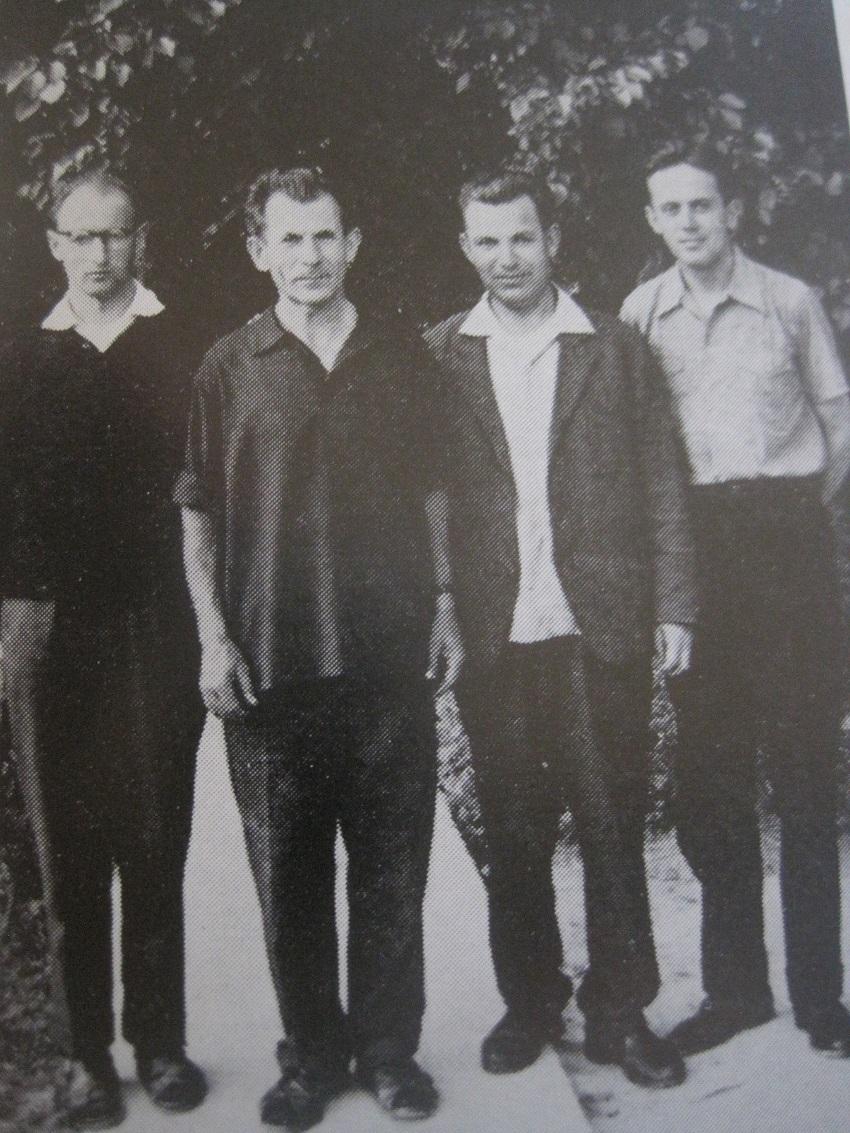Istvan met zijn priester-arendjongskens