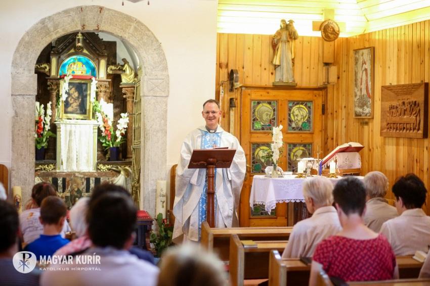 Pater Andrass fso opvolger van priester Istvan in de Putkapel