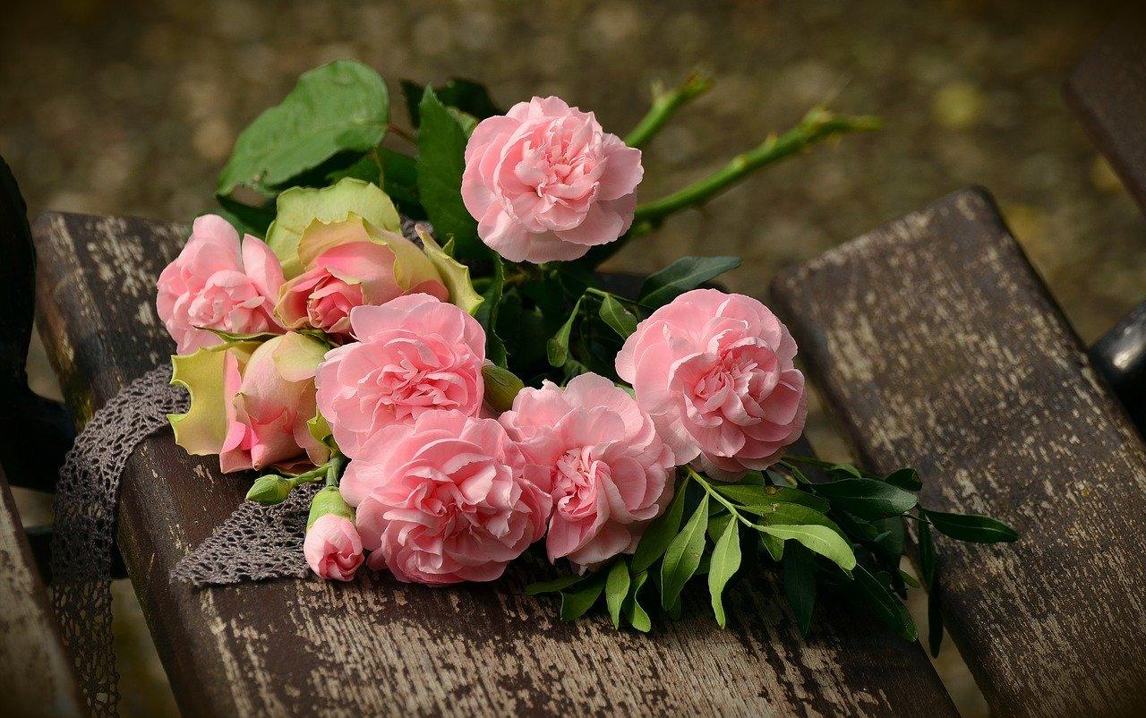 bouquet-1463562_1280