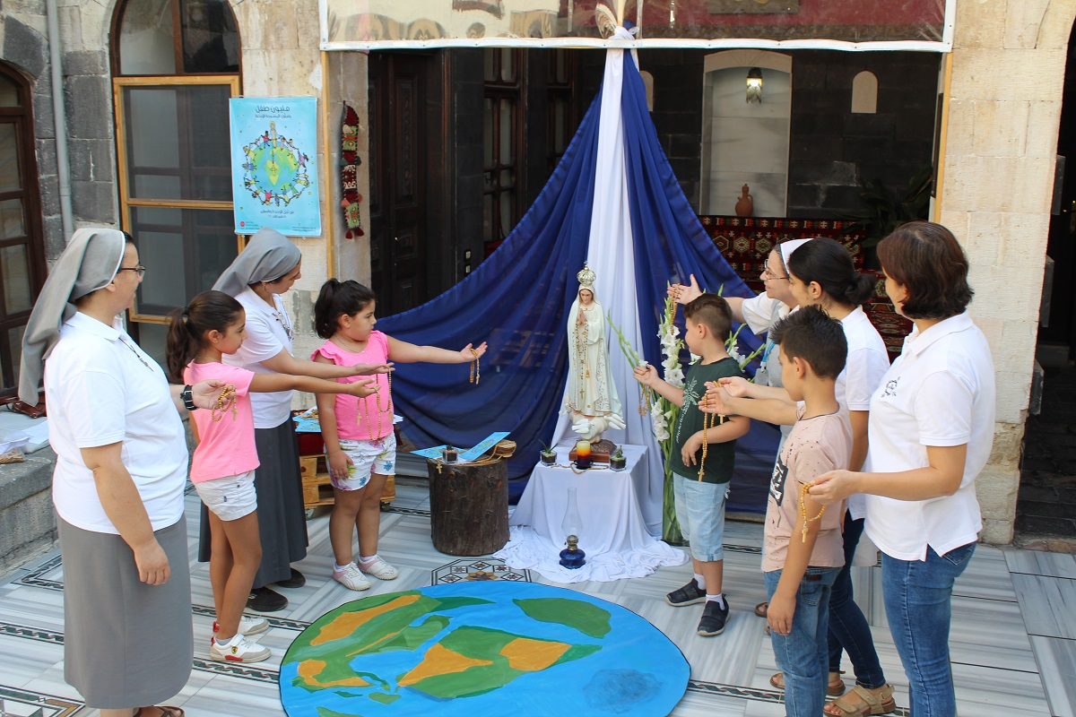 One Million Children Praying the Rosary 2020