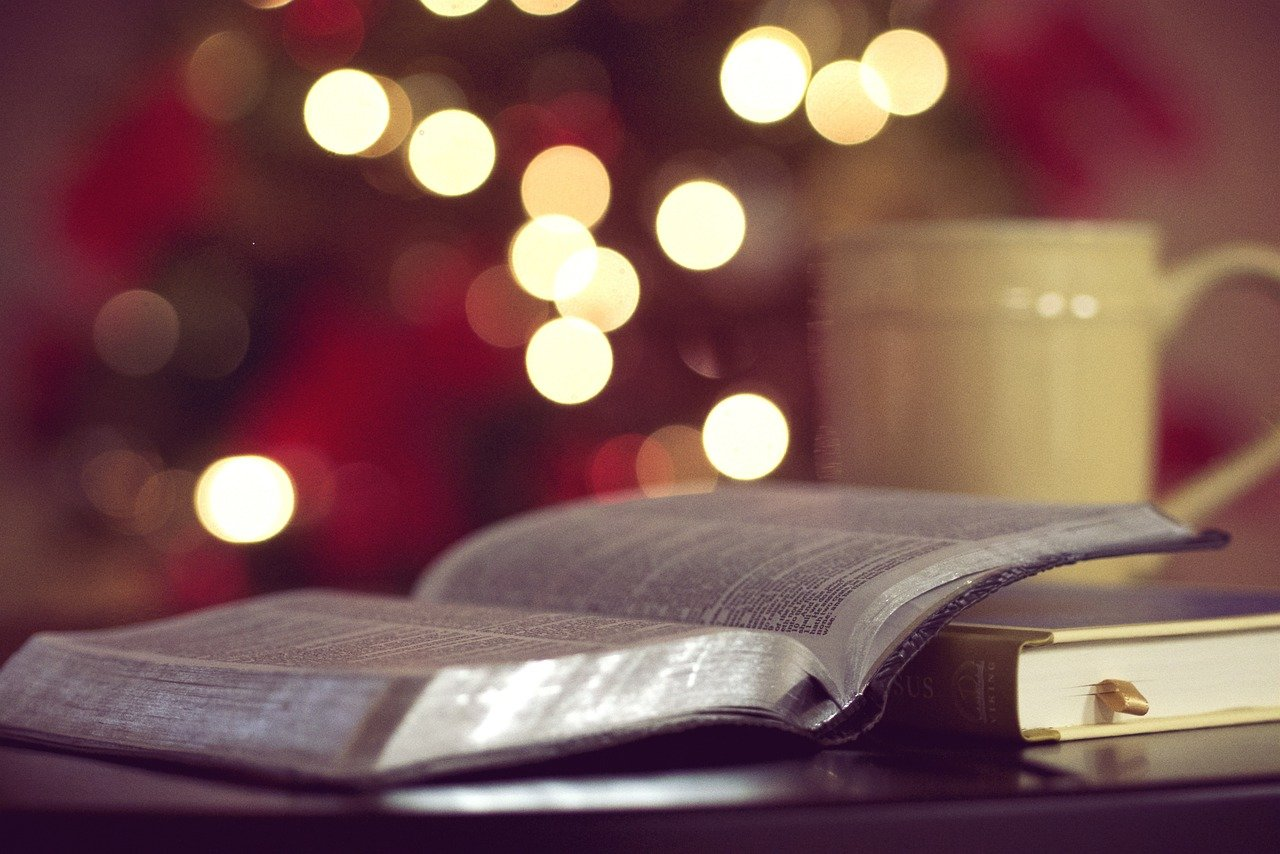 bible-1149924_1280