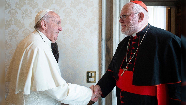 Paus Franciscus met kardinaal Marx