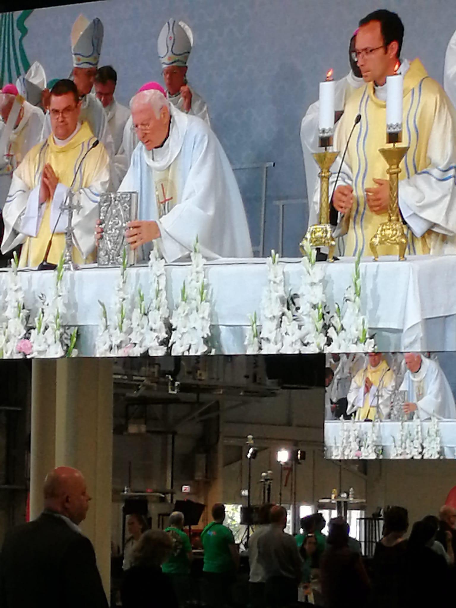 Heilige Mis met Aartsbisschop Marini