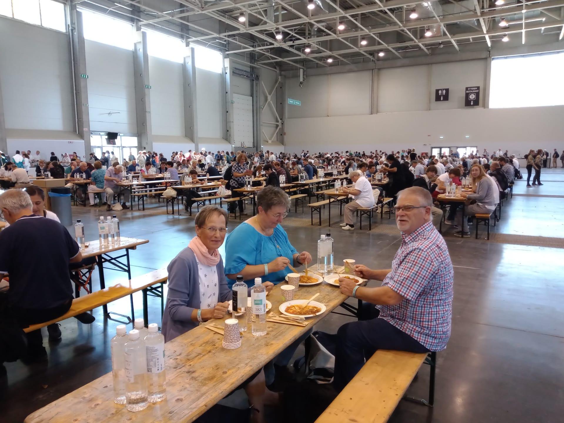 Lunch in het Hungexpo