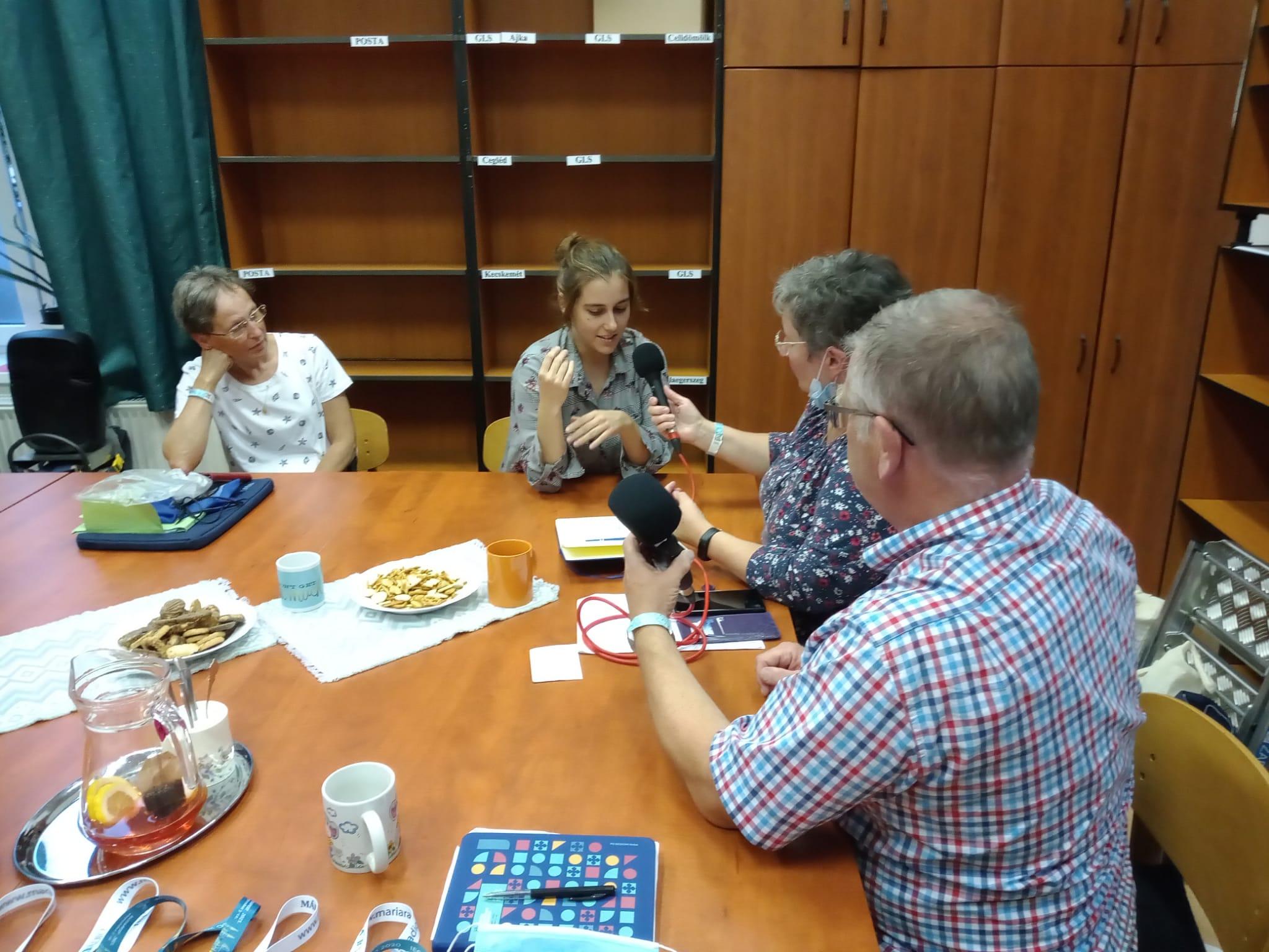 interview met een medewerkster van Radio Maria Hongarije
